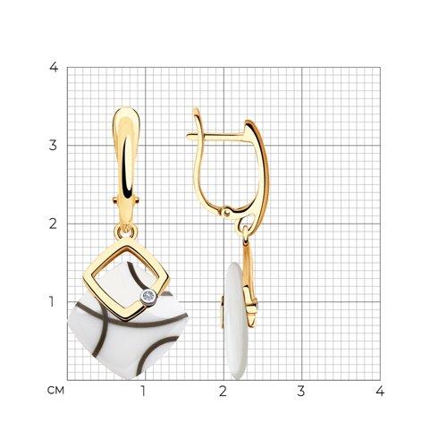 Серьги из золота с бриллиантами и белыми керамическими вставками 6025109 SOKOLOV фото 2