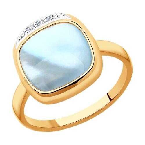 Кольцо из золота с бриллиантами и дуплетом из топаза и перламутра 1011901-6 SOKOLOV фото