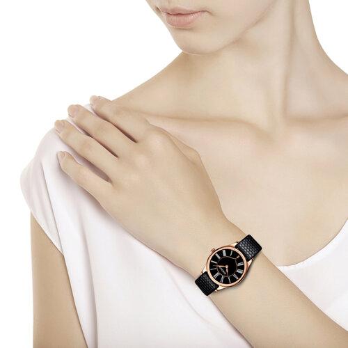 Женские золотые часы (238.01.00.000.03.01.2) - фото №3