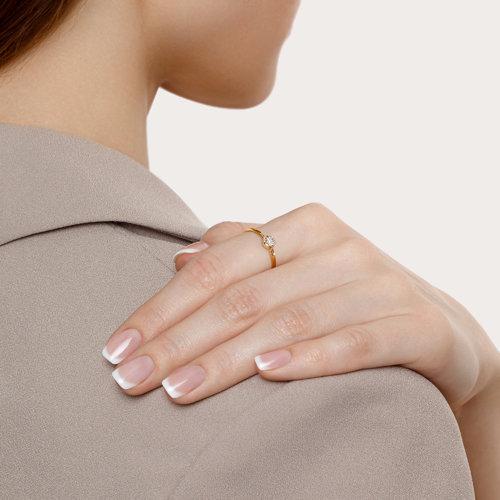 Кольцо из комбинированного золота с бриллиантом (1011857) - фото №2