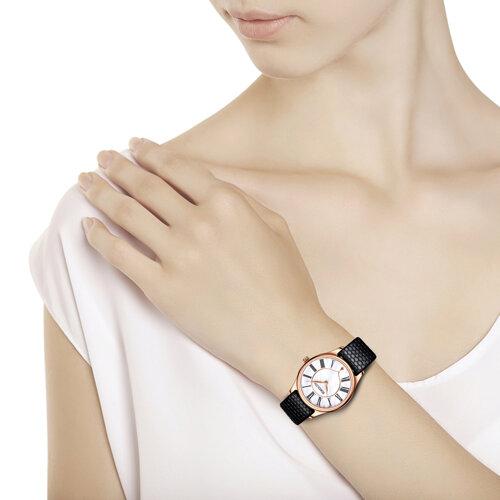 Женские золотые часы (238.01.00.000.01.01.2) - фото №3