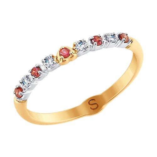 Кольцо из золота с бесцветными и красными фианитами (017881) - фото