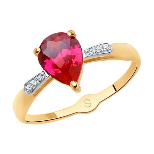 Кольцо из золота с красным корундом (синт.) и фианитами (715149) - фото