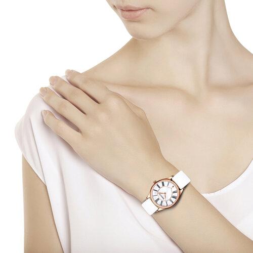 Женские золотые часы (238.01.00.000.01.02.2) - фото №3
