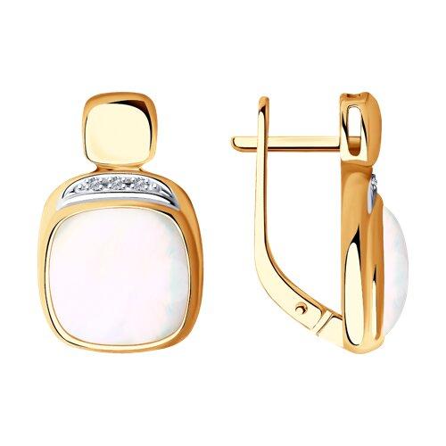 Серьги из золота с бриллиантами и дуплетами из натурального кварца и перламутра