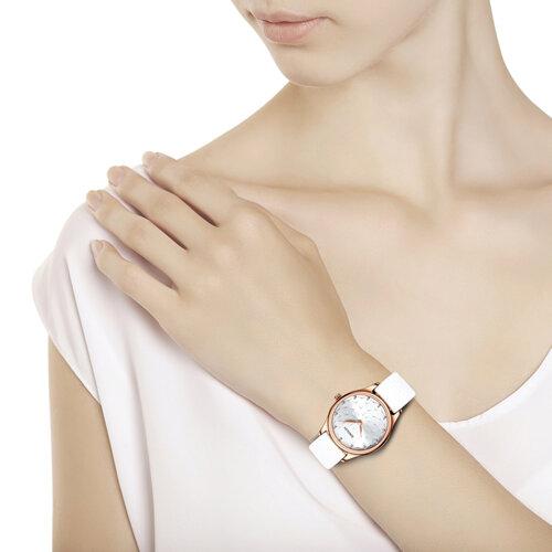 Женские золотые часы (238.01.00.000.08.02.2) - фото №3