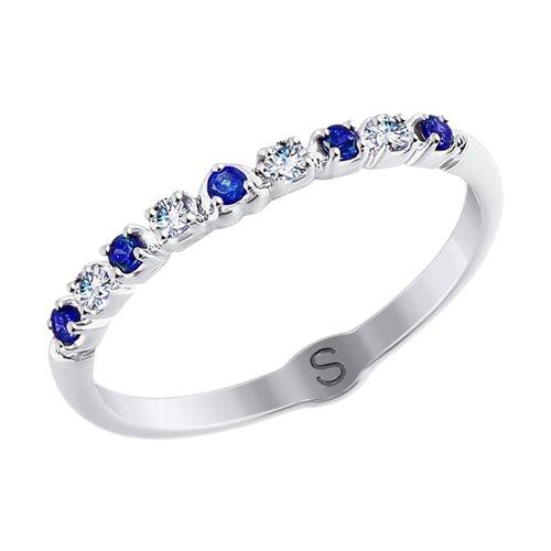 Кольцо из белого золота с бесцветными и синими фианитами (017882) - фото