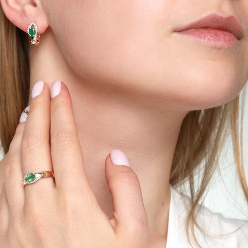 Кольцо из комбинированного золота с бриллиантами и изумрудом (3010519) - фото №4