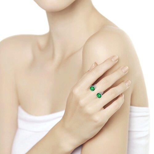Кольцо из серебра с зелеными кристаллами Swarovski