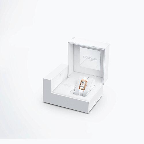 Женские золотые часы (222.01.00.001.01.06.3) - фото №4