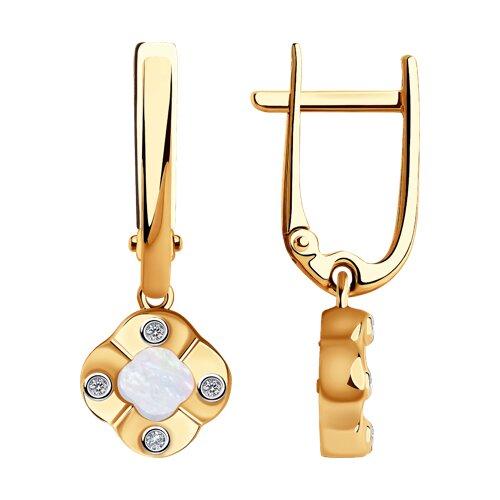 Серьги из золота с бриллиантами и перламутром 1021587 SOKOLOV фото